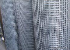 Ponthegesztett háló horganyzott vashuzalból, 0,6 x 0,6 mm szemméret, 100 cm magas, 0,65 mm-es huzalvastagság, 25 fm / tekercs