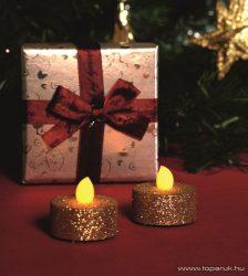 HOME CD 2/GX Beltéri elemes LED teamécses szett (2 db), 1 db sárga színű LED, pislákoló fényjáték funkcióval, arany színű glitter