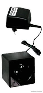 Ultrasonic US300 hálózati 230V ultrahangos nyestriasztó (patkányriasztó, egérriasztó, rágcsálóriasztó) 300 m2