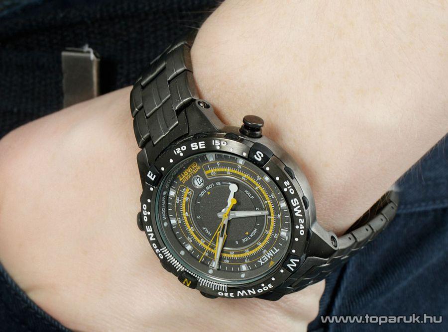 Timex T2P139 Intelligent Quartz férfi karóra hőmérsékletmérővel, ajándék kuponnal