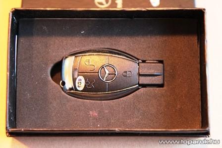 Mercedes kulcs formájú Pendrive, 8 GB-os - készlethiány